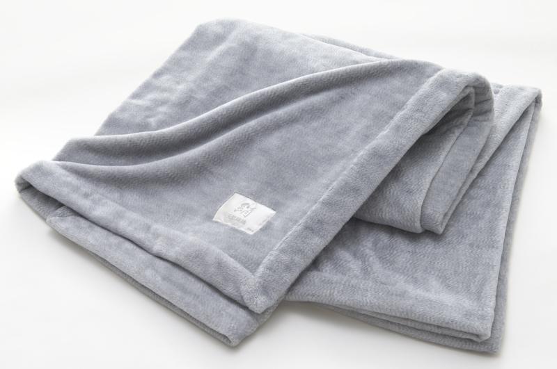 Pure Silk Takiyoshi Blanket ⋆ The Mulberry Silk Co